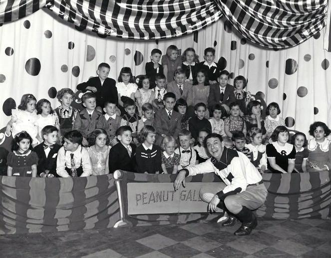 Howdy Doody peanut gallery circa 1940 1950s