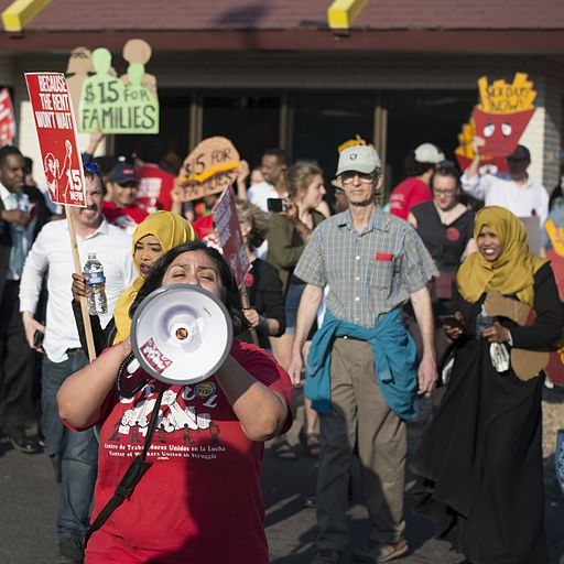 Fast food workers on strike for higher minimum wage and better benefits (26162729410)