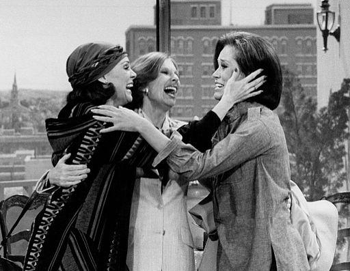 Mary Tyler Moore Valerie Harper Cloris Leachman Last Mary Tyler Moore show 1977