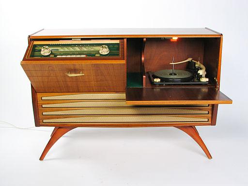X5683 - Radiogrammofon Granada III - Gylling & Co - foto Dan Johansson